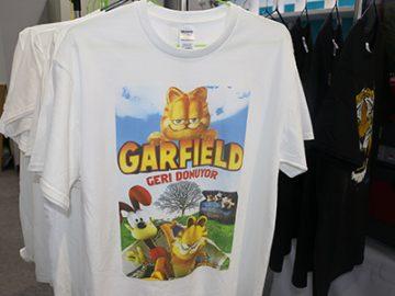 Shfaqja e Bardhë e T-shirt